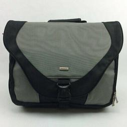 Solo Active 17 Inch Laptop Messenger Bag Grey Black PT920-10