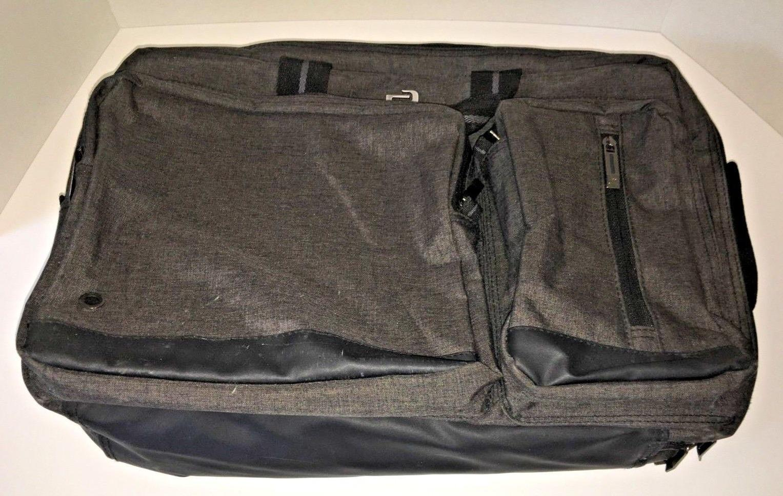"SOLO Laptop Computer Bag Black/Grey Nylon 17"" x 13"" NEW"