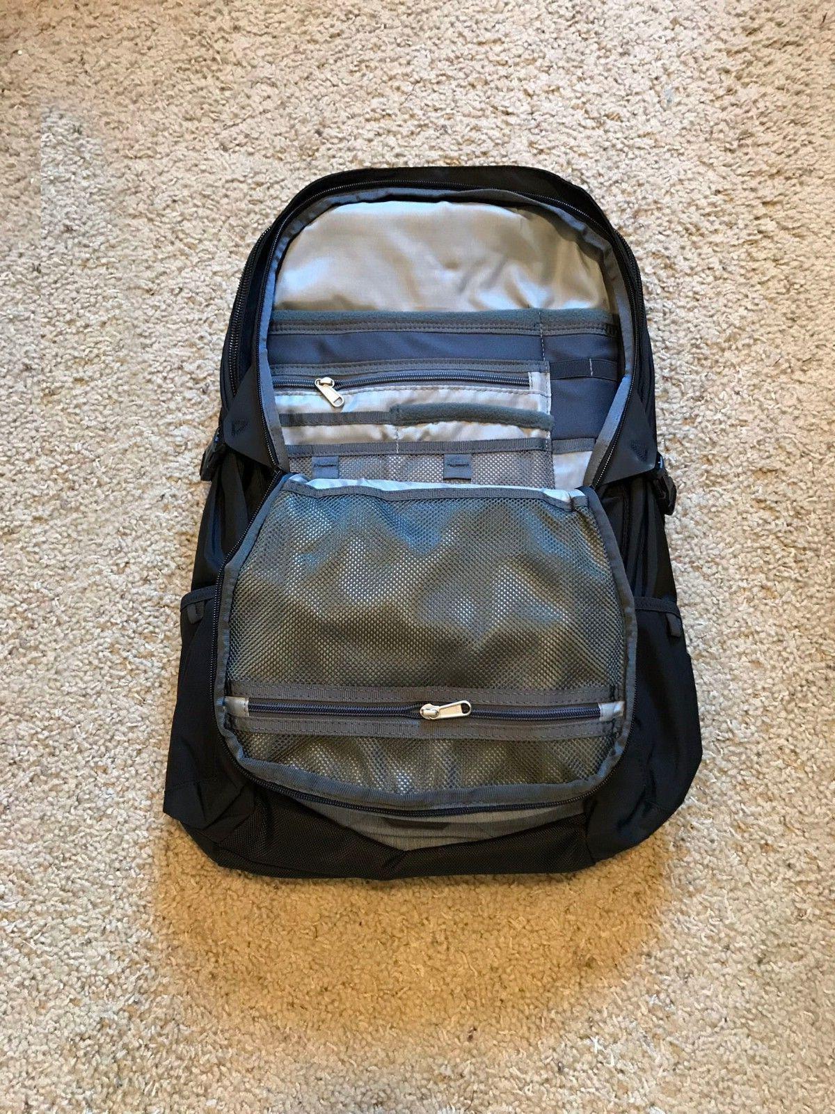 The Transit Laptop TSA 41L - Zinc